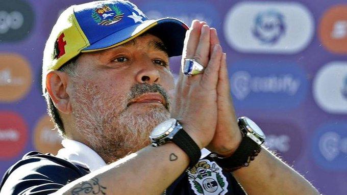 Coronavirus, Maradona tifa Italia: Riusciremo a superare questo momento