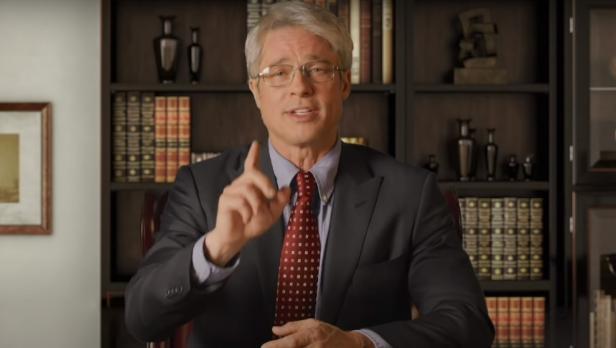 Brad Pitt si traveste da immunologo Fauci e ironizza su Trump a Saturday Night Live