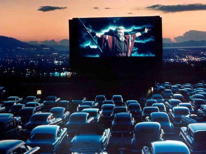 Cinema sotto le stelle: il Coronavirus fa tornare in auge i Drive-In
