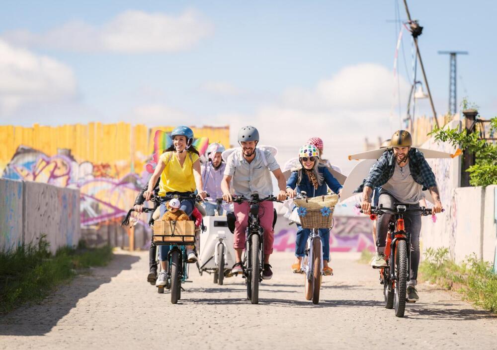 Boom di vendita delle bici e non solo per gli incentivi: riparte anche la passione per la corsa