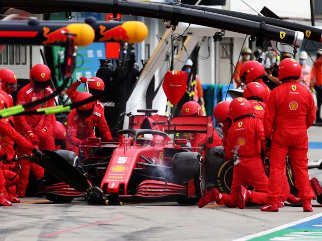 La rivoluzione morbida della Ferrari: nuova organizzazione a Piramide