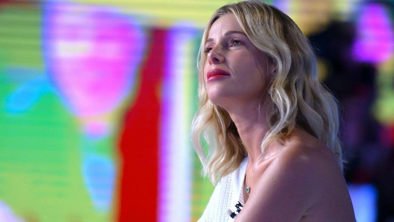 Alessia Marcuzzi torna sul triangolo con Belen e De Martino: «Non presto fianco al gossip»