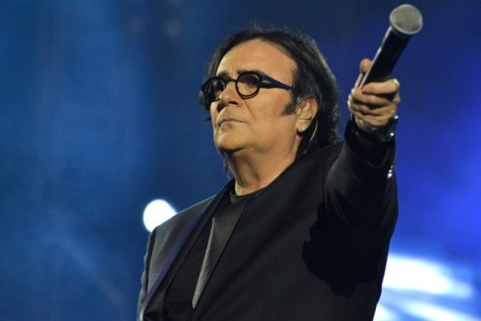 Renato Zero, tre dischi per i 70 anni: «Non è un funerale, ma la mia rinascita»