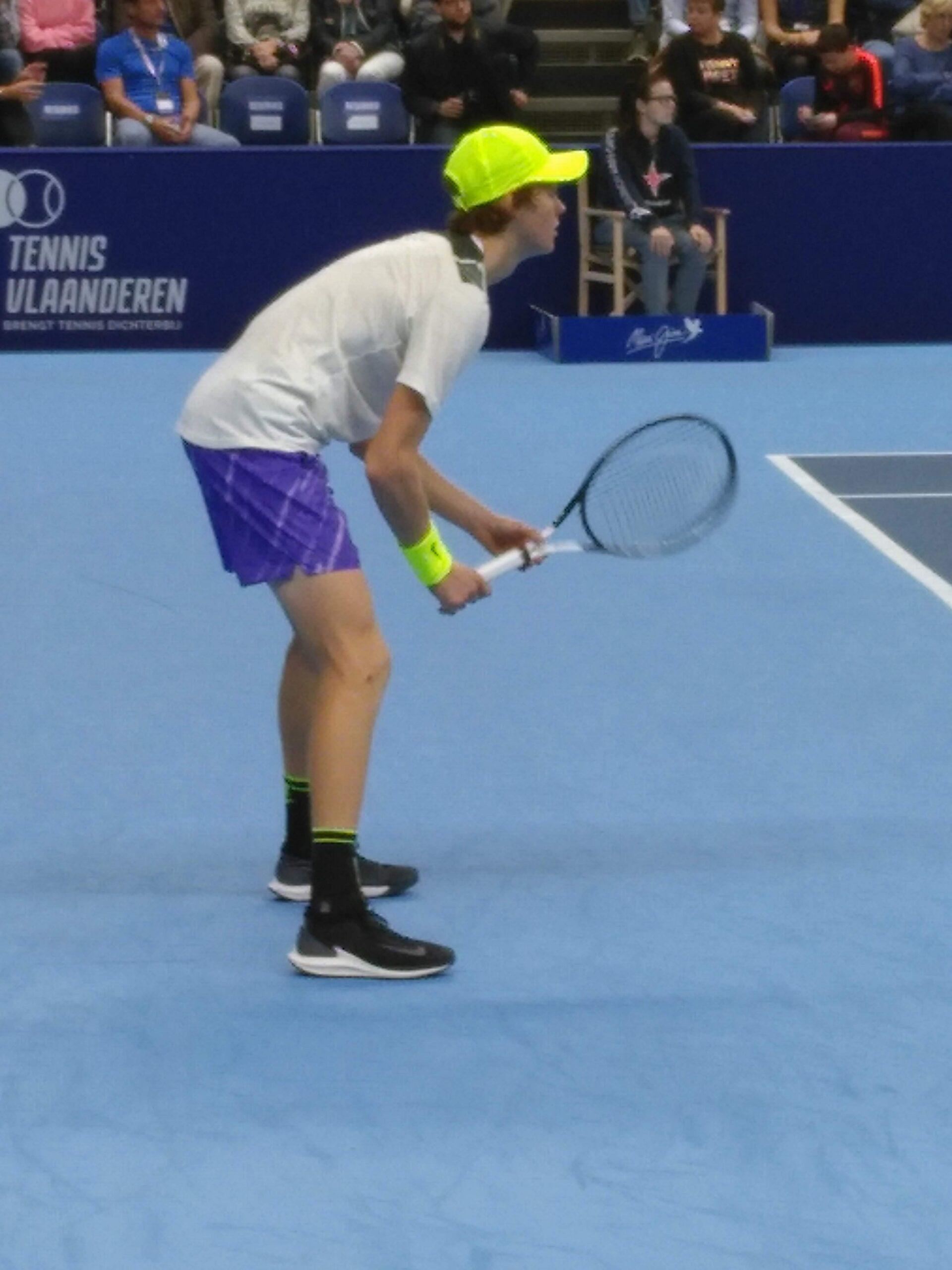 Tennis: Jannik Sinner saluta, Nadal lo elimina a Parigi