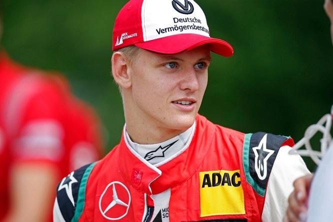 Formula 1: Schumacher jr e altri due giovani leoni Ferrari in pista a Fiorano