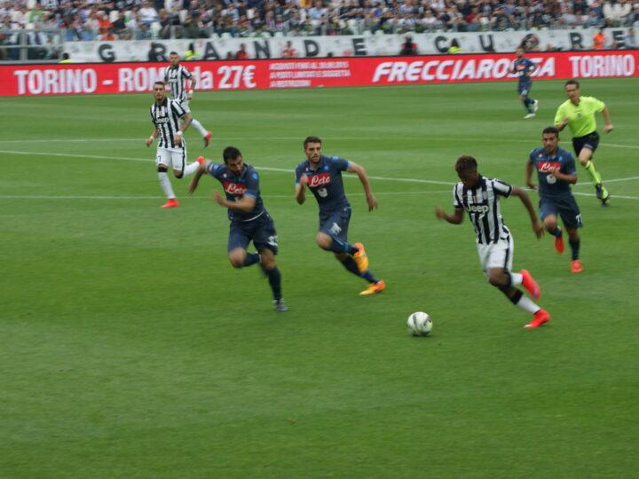 Salta Juve-Napoli, caos e battaglia in Serie A