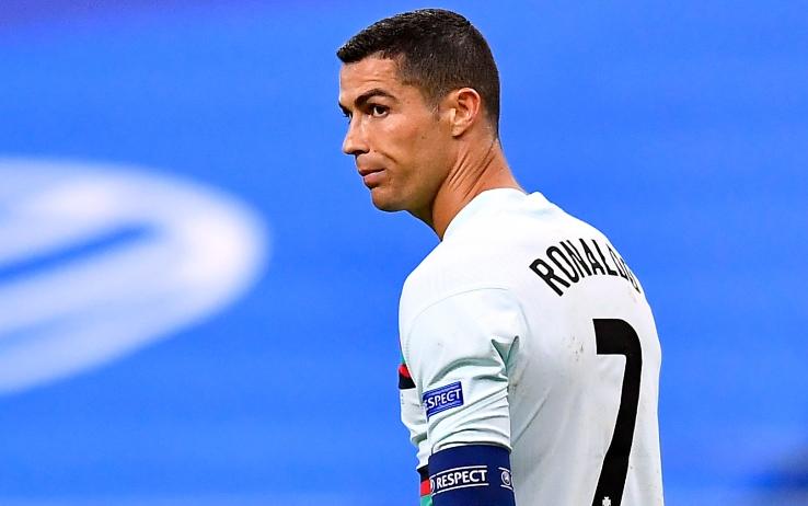 Guaio Juve: positivo Ronaldo. Napoli esce dall'isolamento