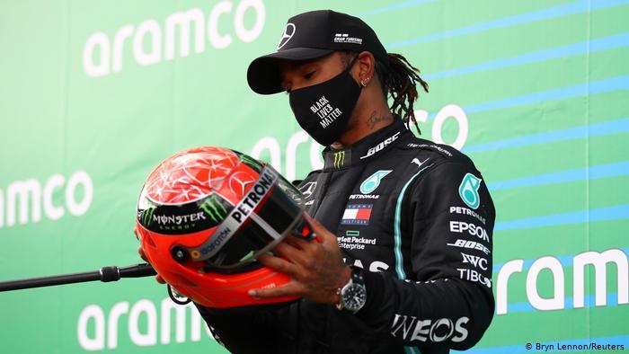 Hamilton eguaglia Schumacher: 7 titoli mondiali in Formula 1