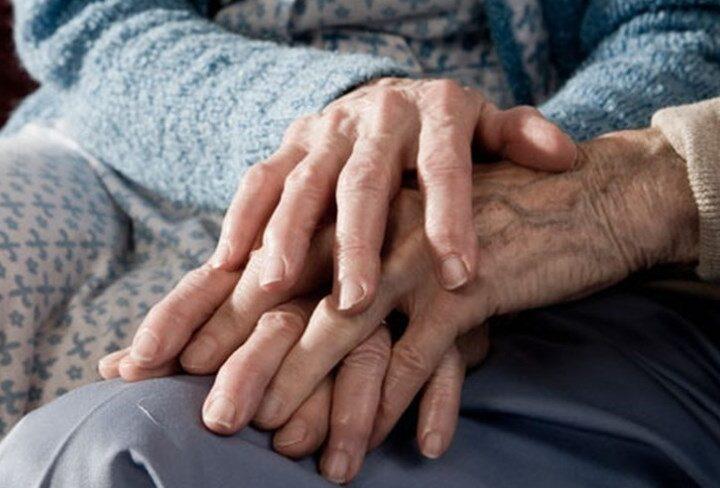 Covid: sposati da 63 anni, muoiono lo stesso giorno