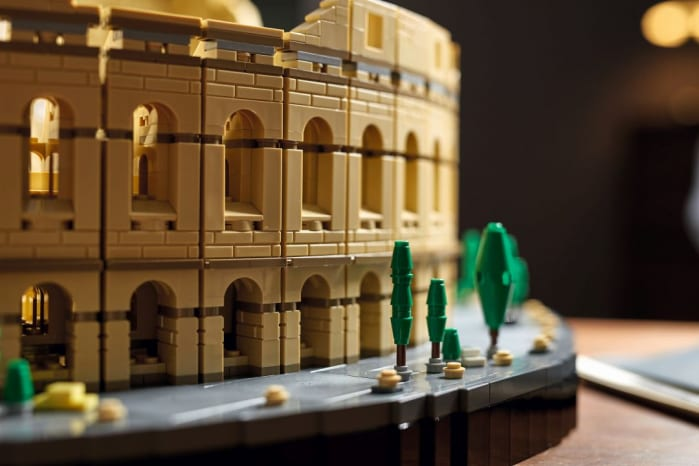 Il Colosseo a mattoncini da Guinness: 9.036 pezzi