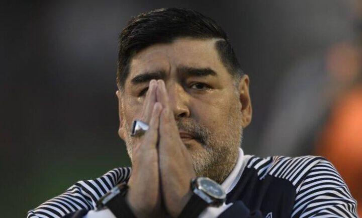 Maradona, la rivelazione: «Ha sbattuto la testa»