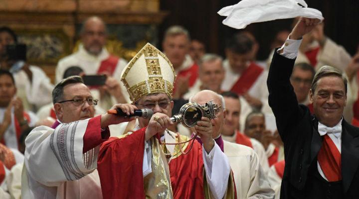 Niente miracolo di San Gennaro, il sangue non si scioglie