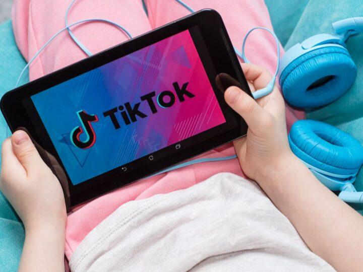 Bimba di 10 anni in rianimazione per una sfida su Tik Tok