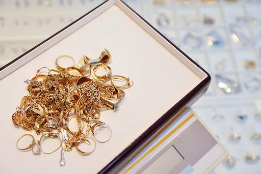 Vendita Oro Usato: Come Funzionano i Compro Oro